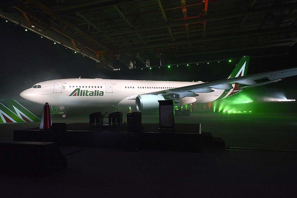 Presentación de la actual imagen corporativa de Alitalia en Roma en 2015.