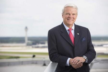 Allan McArtor toma el relevo de Sean O'Keefe como máximo ejecutivo de Airbus Group en Norteamérica