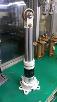 Primer amortiguador producido por CESA en España.