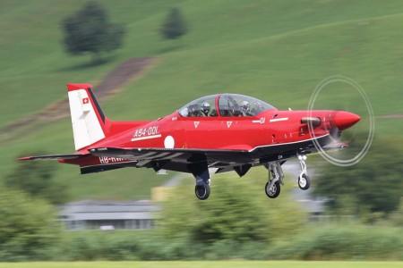 El PC-21 va equipado con un motor Pratt & Whitney Canada PT6 que nueve una hélice de cinco palas de grafito.