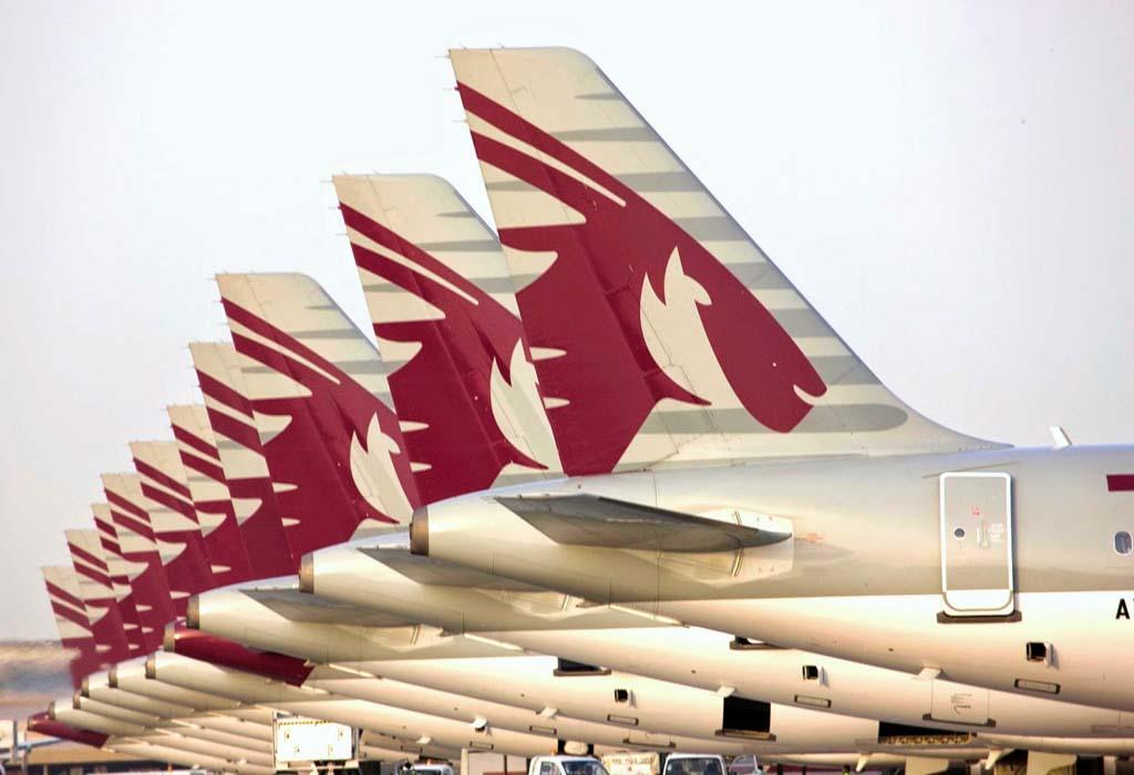 Qatar Airways pertenece a oneworld como las aerolíneas de IAG, y tiene un acuerdo para hacer vuelos de carga por cuenta de British Airways.
