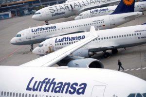 Aviones de Lufthansa almacenados en Frankfurt