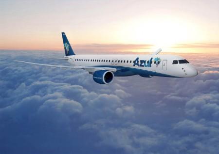 Entre los pedidos firmados en el segundo trimestre de 2015 por Embraer está el de hasta 50 aviones A90-E2 para Azul.