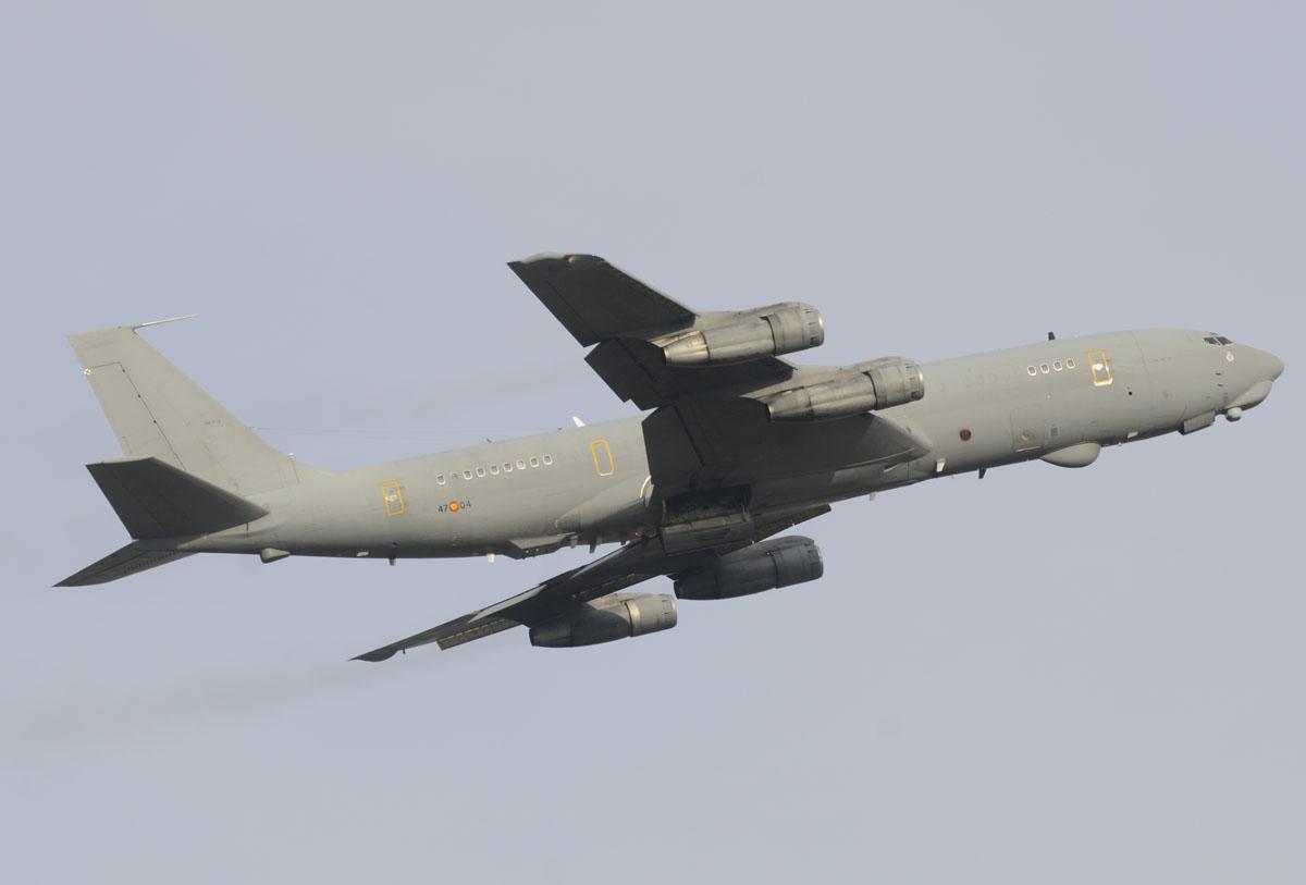 Despegue del Boeing 707 TM17-04