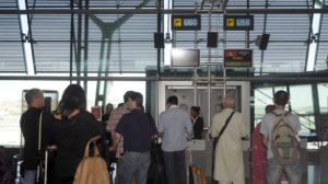 El tráfico de los aeropuertos españoles sigue creciendo, tanto en pasajeros, como en aviones y carga.