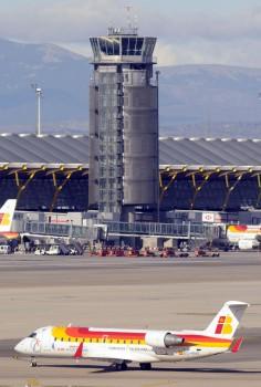 Torre auxiliar en la T4 de Barajas