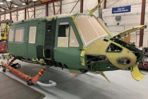El fuselaje delantero del primer Bell UH-1Y para la República Checa, listo para entrar a montaje final.q