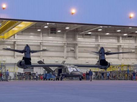 En el Bell V-280 sólo pivotan los rotores, Los motores permanecen horizontales a diferencia del V-22 en el que todo el conjunto se mueve.