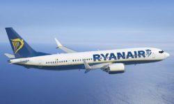 Boeing 737-8-200 Ryanair