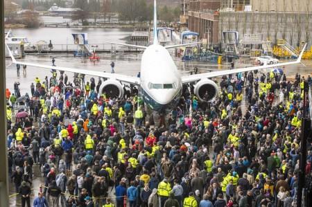 Rollout del Boeing 737 MAX 9 en la factoría de Renton.