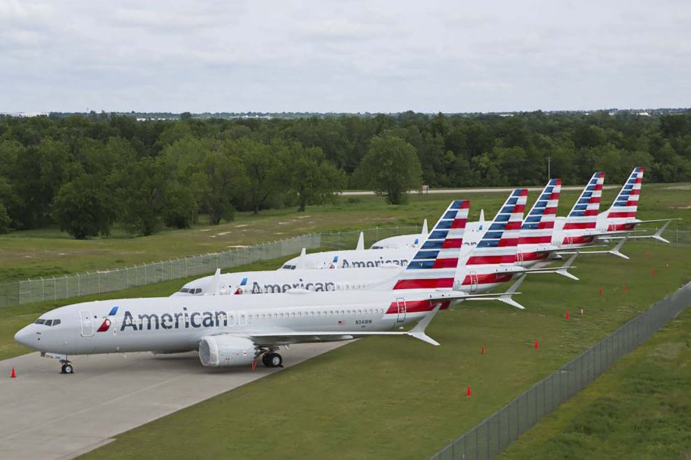 Aviones Boeing 737 MAX de American Airlines almacenados tras la orden de paralización en tierra.
