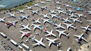 Algunos de los Boeing 737 MAX sin entregarse almacenados en la factoría de Renton de Boeing.
