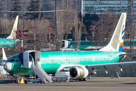 Uno de los B-737 MAX 9 ya fabricados para SunExpress antes de ser pintado.