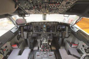 Cockpit del Boeing 737 MAX.