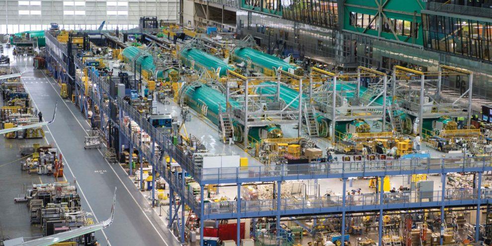 Fuselajes de Boeing 737 MAX en la factoría de Renton durante su preparación para el montaje.