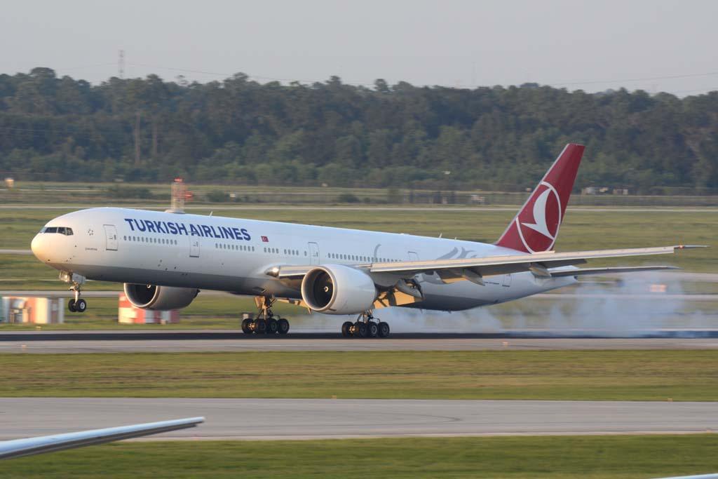 Boeing 777 THY