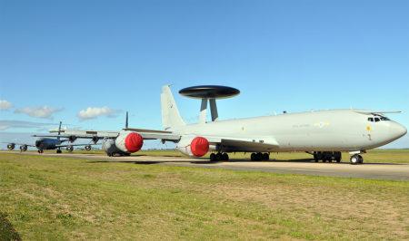 El Boeing E-3D ZH-107 retirado de servicio.