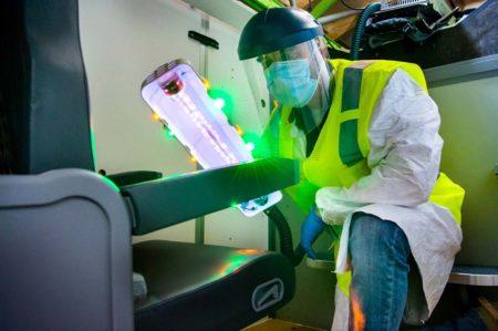Boeing trabaja en distintas formas de garantizar la desinffección de los aviones y que estose mantengan libres del COVID-19.