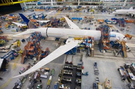 Primer Boeing 787-9 en la cadena de montaje de Boeing en North Charleston.