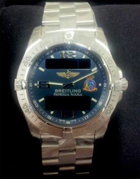Breitling, patrocinador de la Patrulla Águila, entregará a los nuevos miembros un reloj modelo Aerospace.