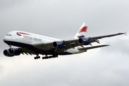 La llegada de nuevos aviones a IAG ha ayudado a disminuir la factura de combustible.