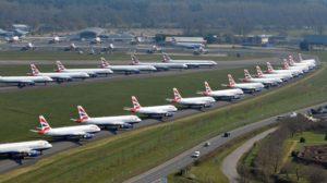 Aviones de British Airways aparcados en el aeropuerto de Bournemouth.