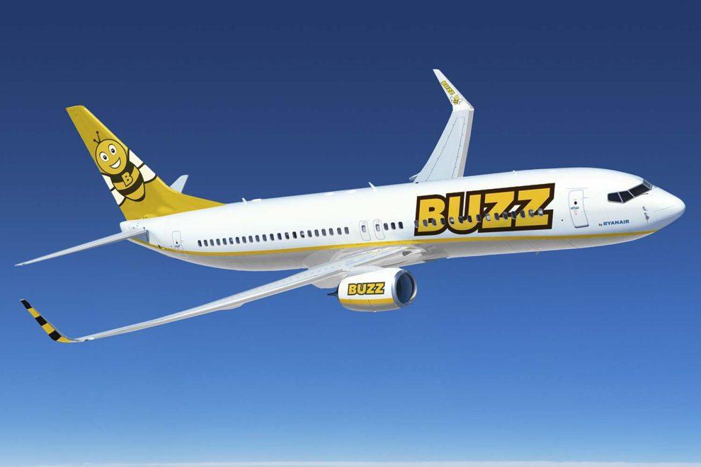 Nueva imagen corproativa de Ryanair Sun como Buzz.