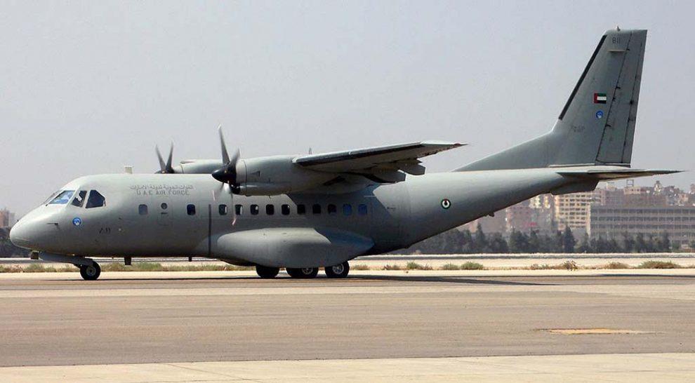 Uno de los CASA CN-235 de la Fuerza Aérea de Emiratos Árabes Unidos que serán sustituidos por los nuevos C295.