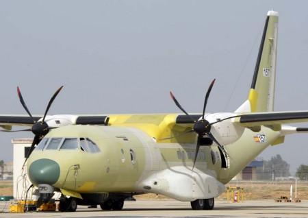C295 de patrulla marítima, como uno de los que incorporará la Armada argentina, en proceso de pruebas en la factoría de Sevilla de Airbus Defence and Space.