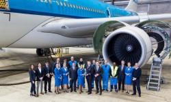 Personal de KLM durante la entrega del premio de Flightstats