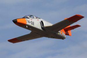 El CASA C-101 lleva más de 40 años en servicio en el Ejército del Aire español, casi el doble del tiempo para el que fue diseñado.