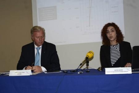 Lacasa y Bueno en la presentación de Aerobarómetro 2014.
