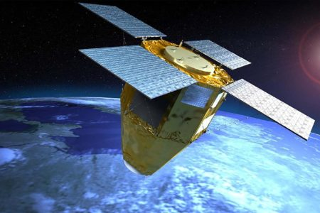 Los satélites espía ópticos CSO (en la imagen) están llamados a sustituir a los Helios 2 en los que participan media docena de paises europeos.