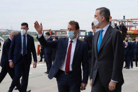 Guillaume Faury, consejero delegado de Airbus acompañó a Felipe VI en su visita a Campus Futura.