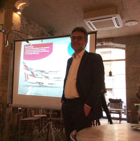 Matthias Burkard, jefe de prensa de Eurowings durante el evento celebrado en Madrid