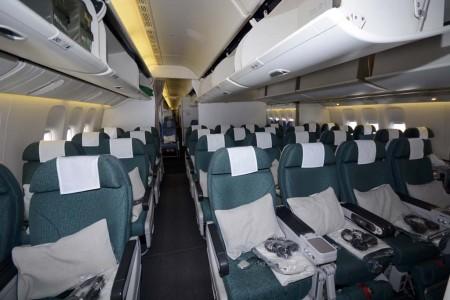 Asientos de Turista Premium en el Boeing 777 de Cathay Pacific.