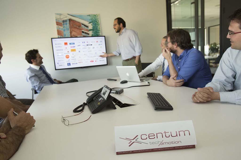 Centum espera incrementar sus ventas más de un 16% en 2016.