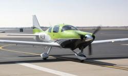 El Cessna TTx, realizado en materiales compuestos, es el monomotor de tren fijo más rápido.