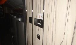 La madera, que quiere demostrar calidad y calor está en todo el avión.
