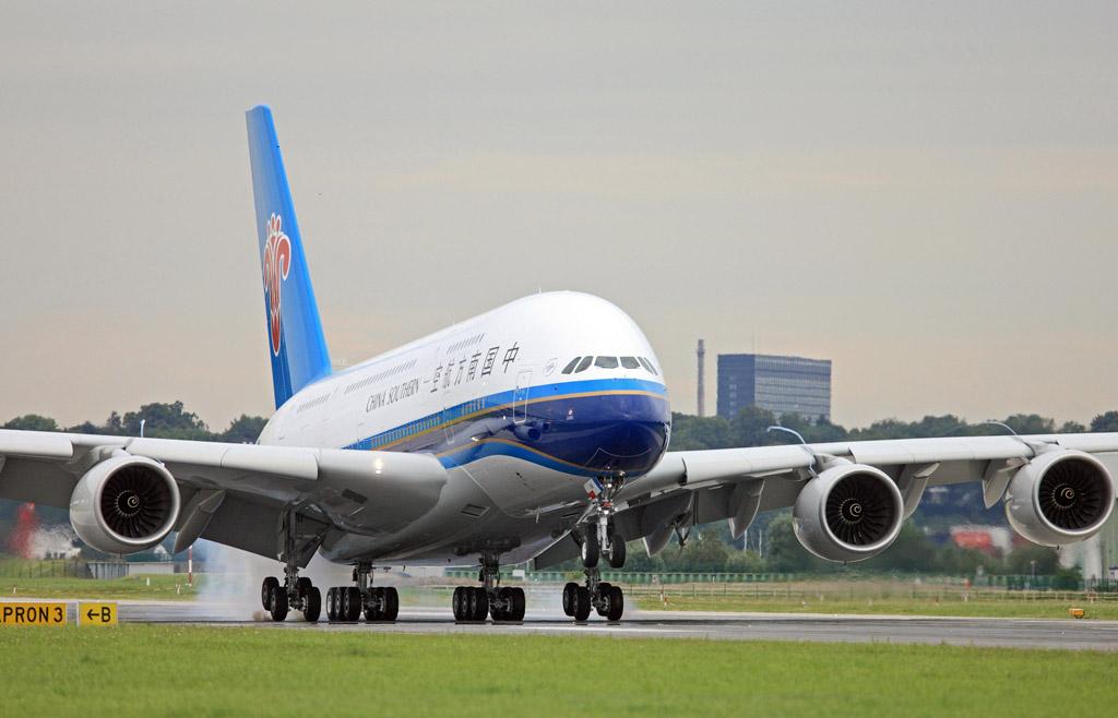 ChinaSouthern_A380_001