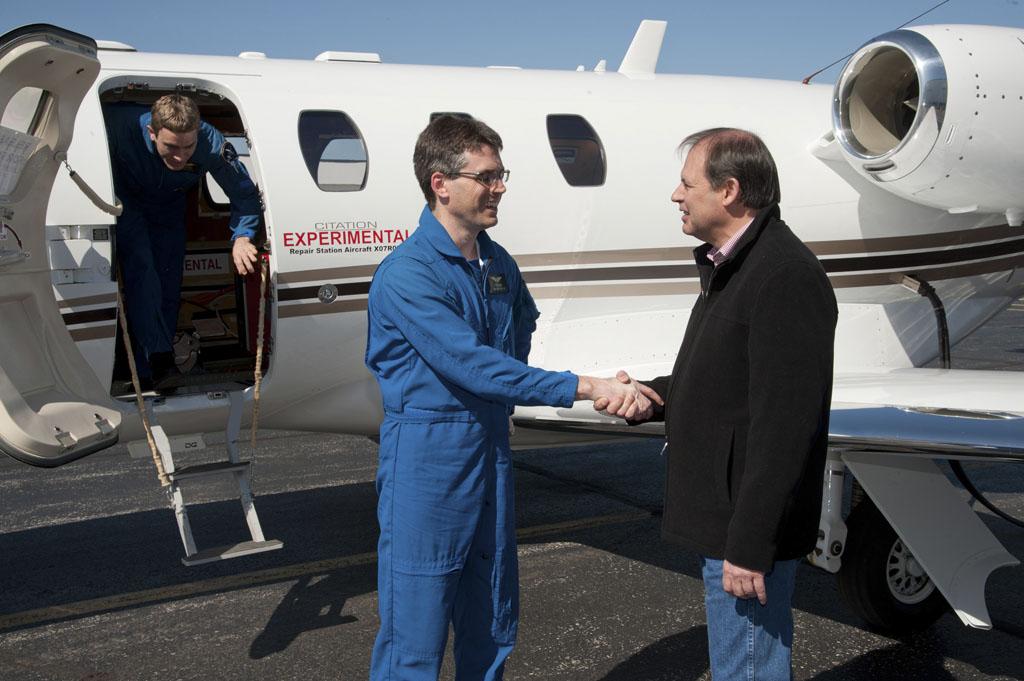 Primer vuelo del Cessna M2