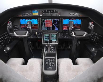 Cockpit del Cessna M2