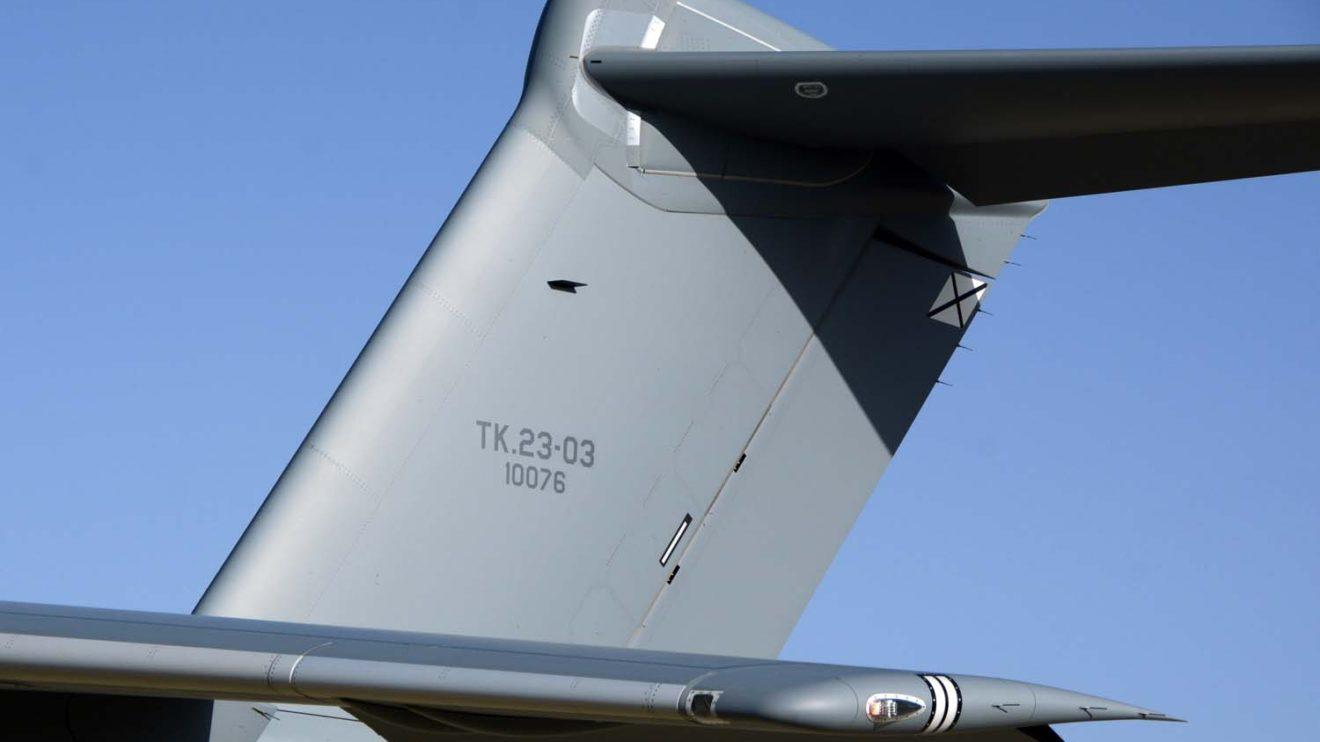 El segundo y tercer A400M del ala 31, asi como el cuarto, están preparados para servir como cisternas, tal y como demuestra su codificación TK.