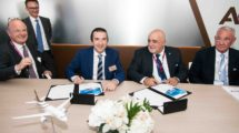 Firma entre Comlux y Airbus.