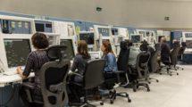 La contratación de nuevos controladores aéreos es un requisito indispensable para que Enaire pueda afrontar el crecimiento previsto del tráfico aéreo en España en los próximos años.