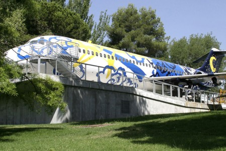 Avión Expositor del Medio Ambiente del aeropuerto de Madrid Barajas