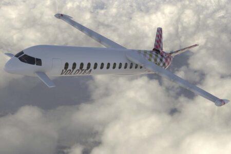 Diseño original del avión de Dante Aeronautical con colores de Volotea.