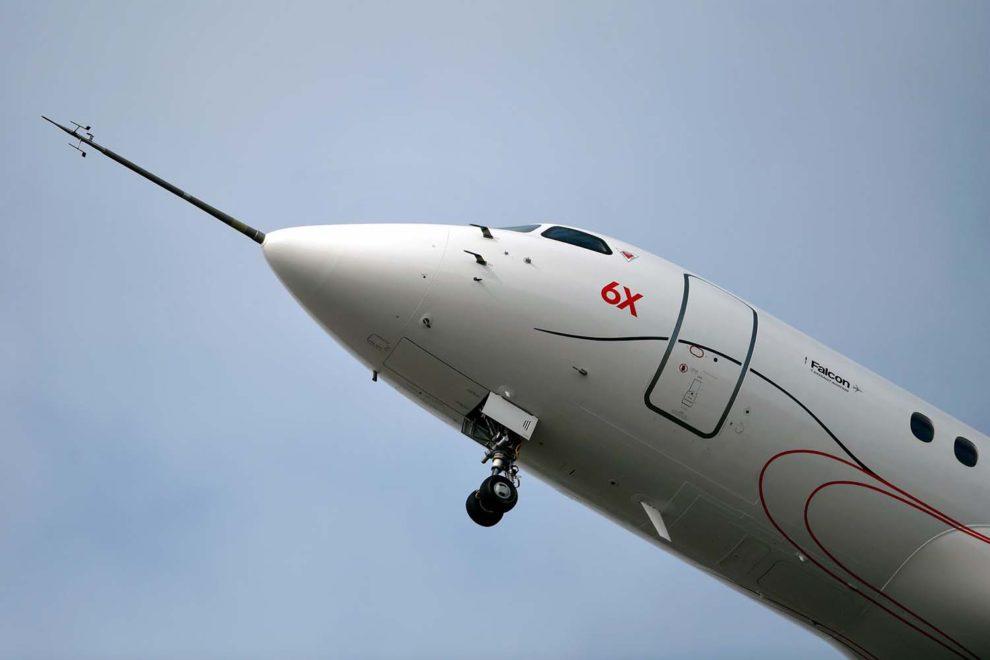 Despegue de Burdeos del segundo Dassault Falcon 6X en su primer vuelo.