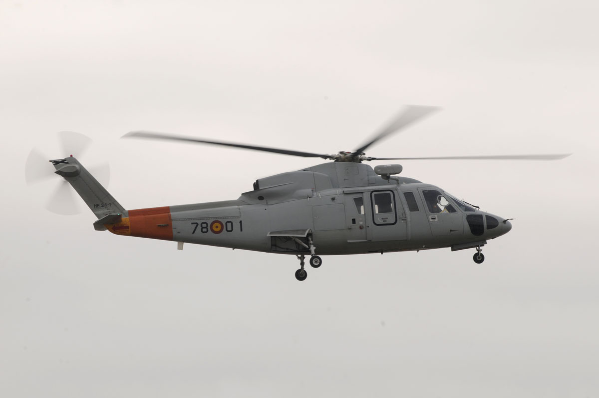 Sikorsky S-76 de la Escuela de Helicópteros de Armilla