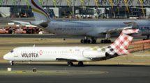 Boeing 717 de Volotea en el aeropuerto de Madrid Barajas.